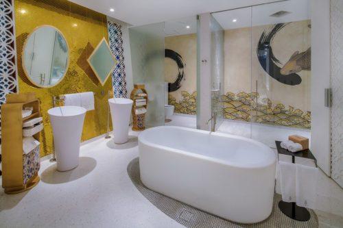 Kunstzinnige badkamers van Thai Beach House