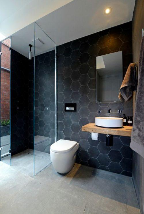 Badkamer met spotjes