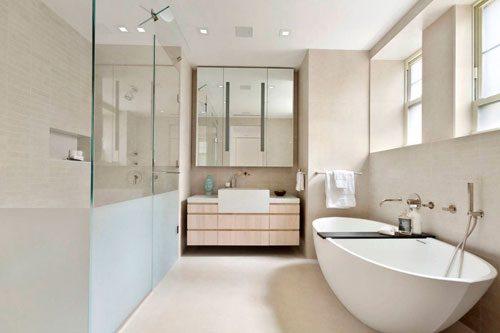 Luxe badkamer van vooroorlogs appartement
