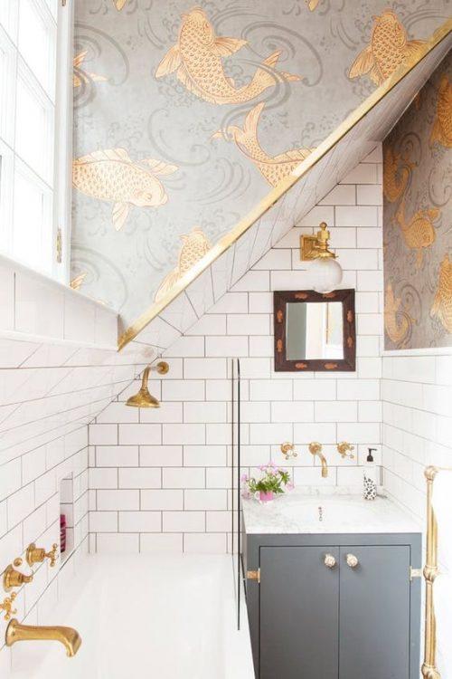 badkamer behang koi karpers goud