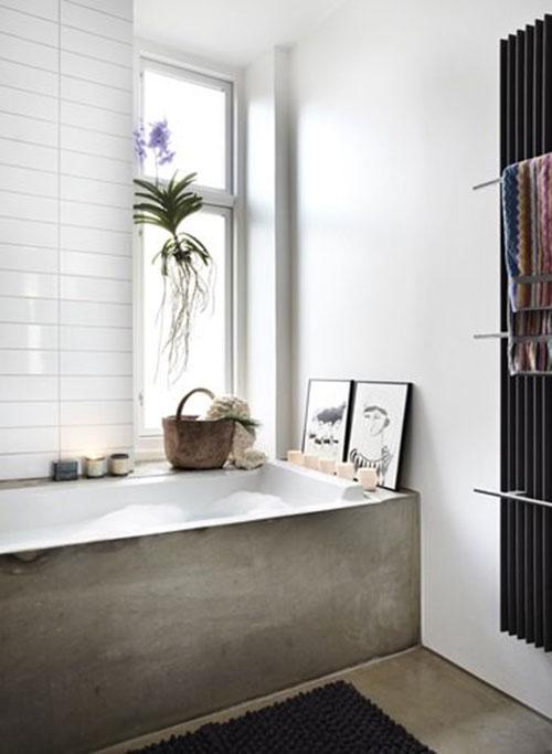Goedkoop Badkamer Plafond ~ Badkamers voorbeelden ? Badkamer met betonnen vloer en bad
