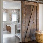 Badkamer houten schuifdeur