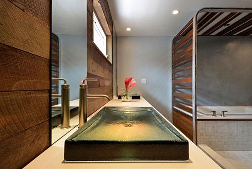 Badkamer in badkamer