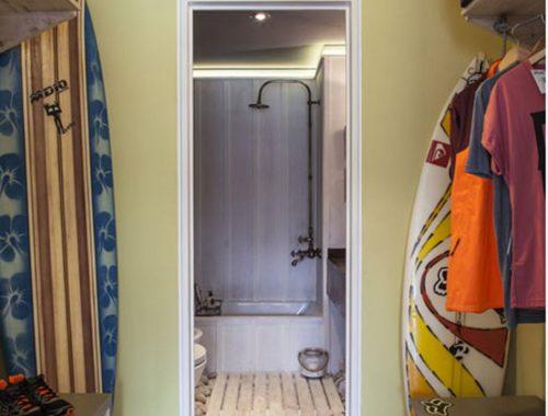 Badkamer met een beach sfeer