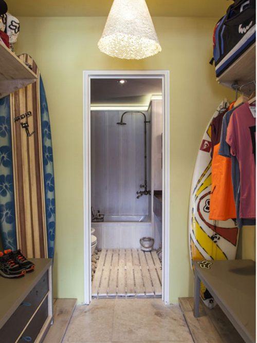 Badkamer met een beach sfeer badkamers voorbeelden - Winkelruimte met een badkamer ...