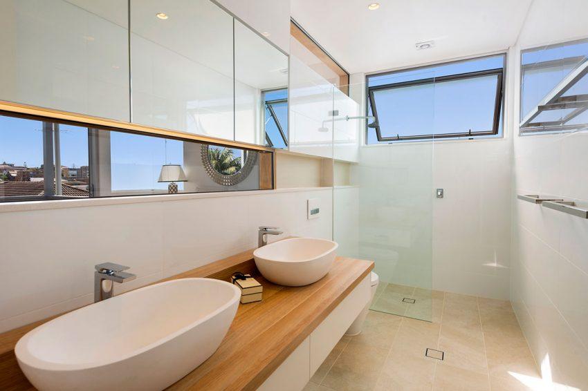 raam in badkamer Archives - Badkamers voorbeelden