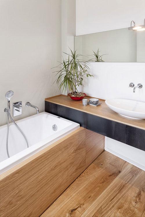 Badkamers voorbeelden » Badkamer met veel hout