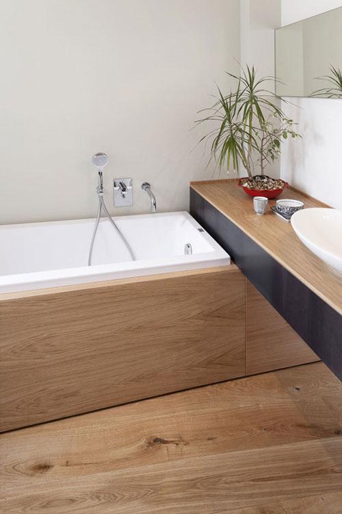 Badkamer met veel hout