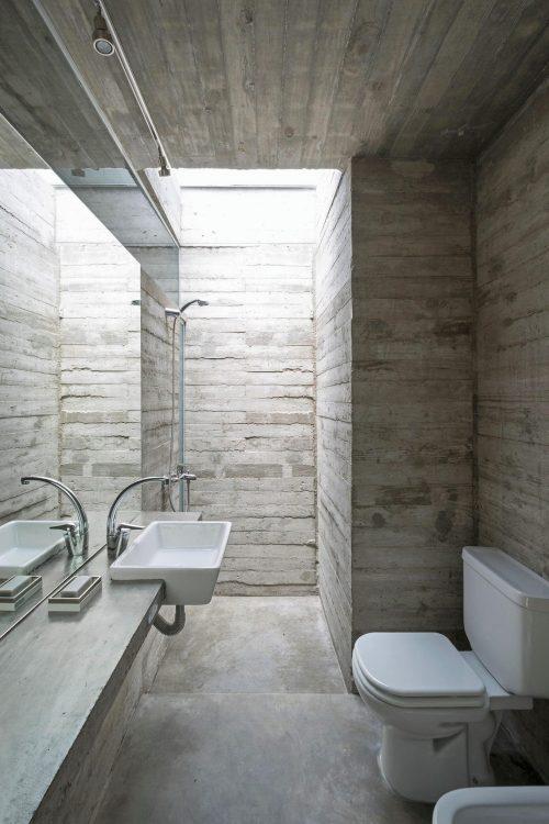 ... badkamer. Maar hoe vaak zie je dat een badkamer volledig van beton is