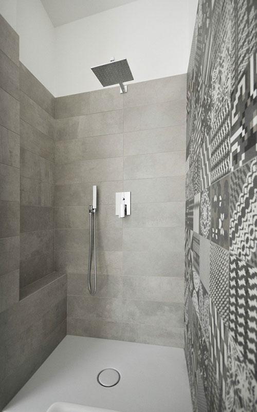 Badkamer met patchwork tegels