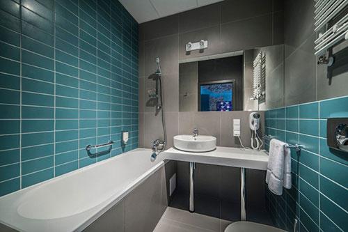 badkamers van tobaco hotel badkamers voorbeelden. Black Bedroom Furniture Sets. Home Design Ideas