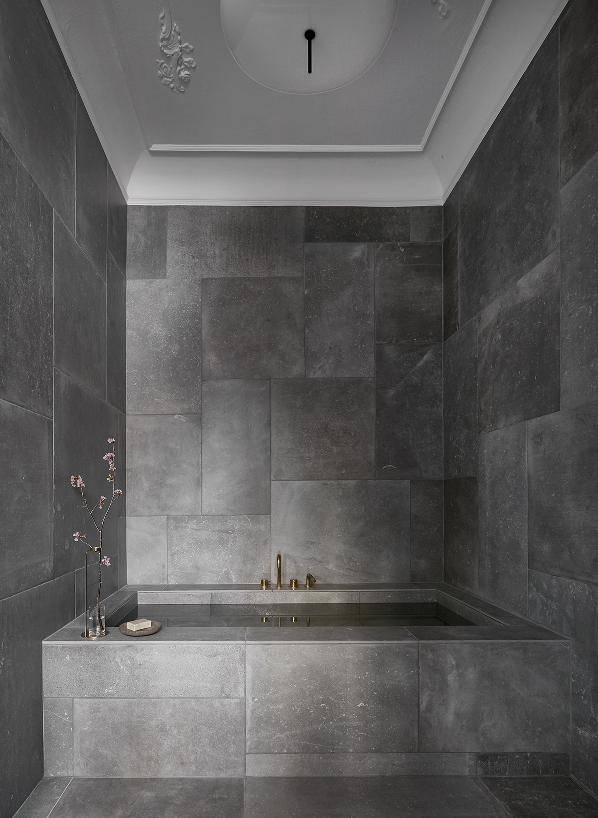 donkere badkamer Archives - Badkamers voorbeelden