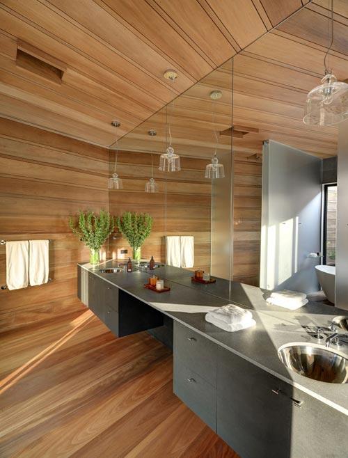 Badkamer vol met houten planken