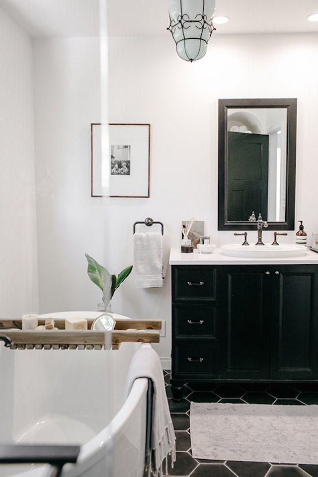 badkamer wanddecoratie fotolijst