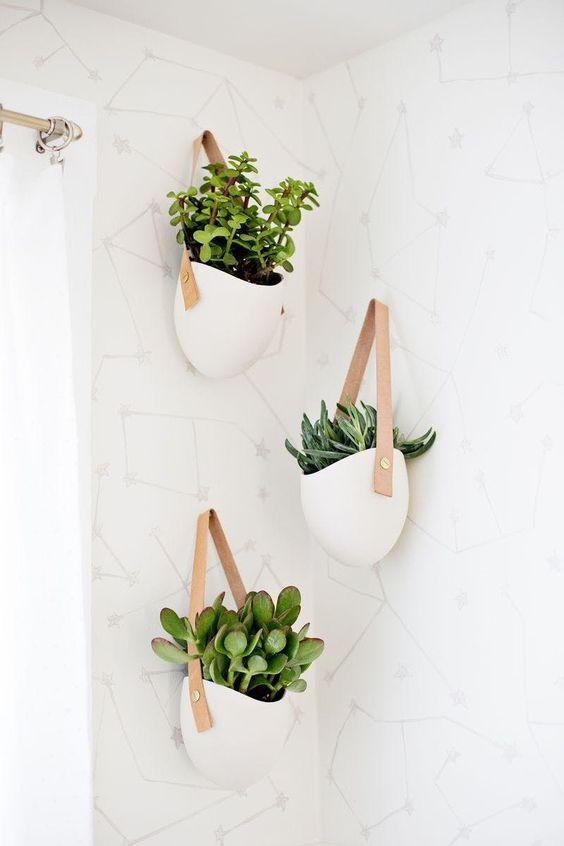 badkamer wanddecoratie plantenhangers