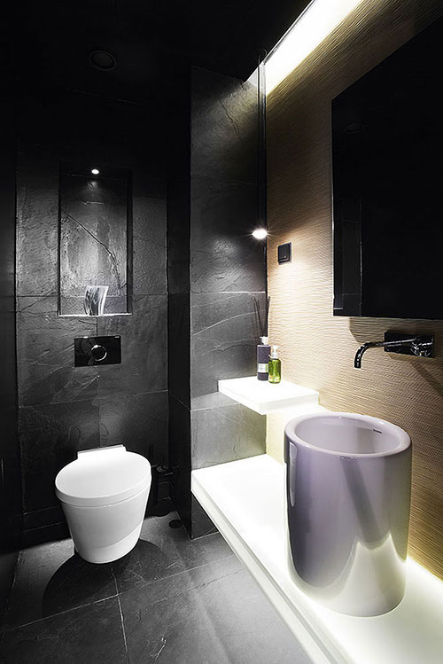 Badkamers voorbeelden    Badkamer met sauna en dubbele regendouche