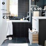 Badkamer van IKEA met hoge kast