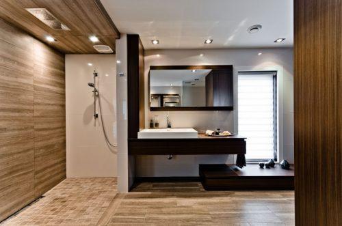 Bruintinten in luxe badkamers ontwerpen badkamers voorbeelden - Gemeubleerde salle de bains ontwerp ...