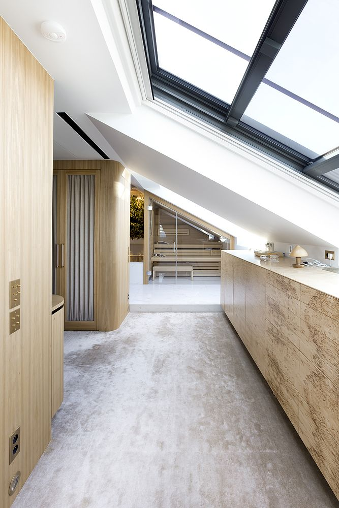 Chique luxe open badkamer met plantenwand - Badkamers voorbeelden