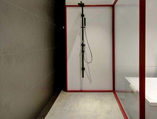 Designbadkamer van moderne loft