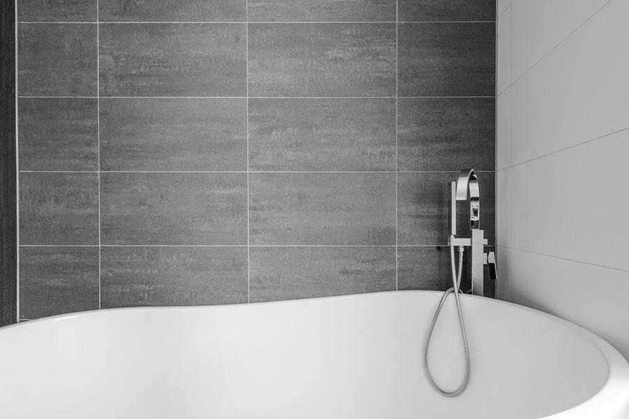 Deze tweede badkamer is onlangs gerenoveerd voor de verkoop!