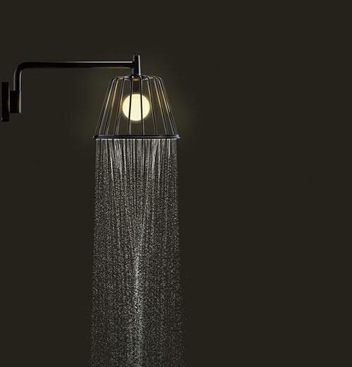 Douchekop en badkamerverlichting in één