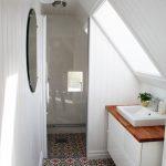 Praktisch ingerichte stijlvolle badkamer