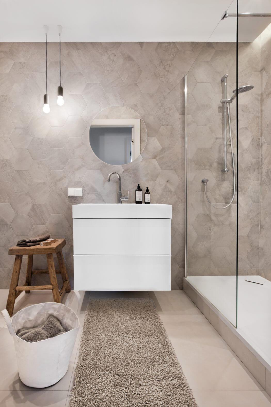 Eigentijdse grijze badkamer - Badkamers voorbeelden