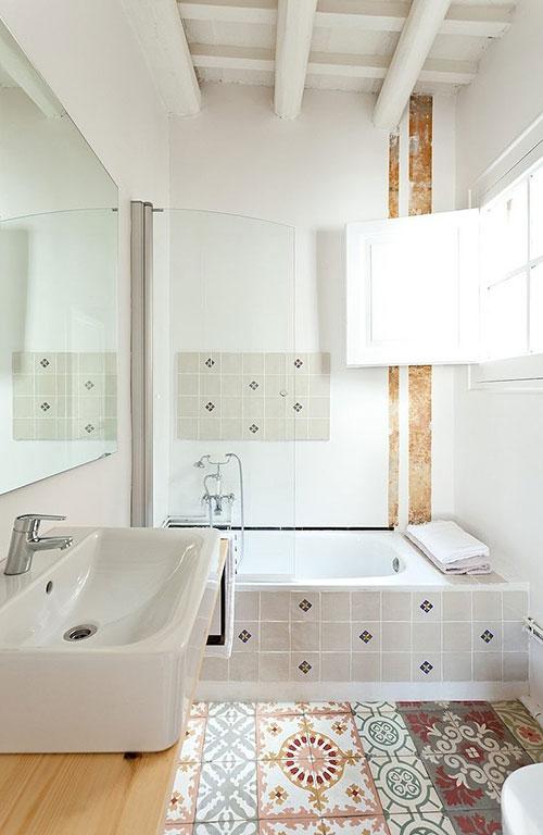 http://www.badkamers-voorbeelden.nl/afbeeldingen/exotische-authentieke-badkamer.jpg