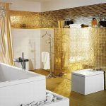 Gouden badkamer tegels