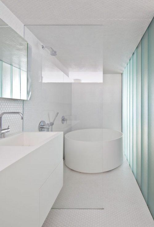 Rond bad archives badkamers voorbeelden - Open douche ruimte ...
