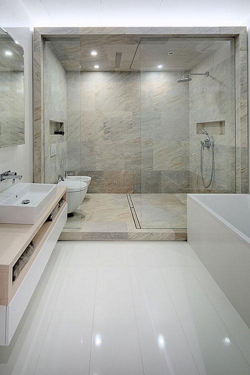 Hippe badkamer voor een jong gezin