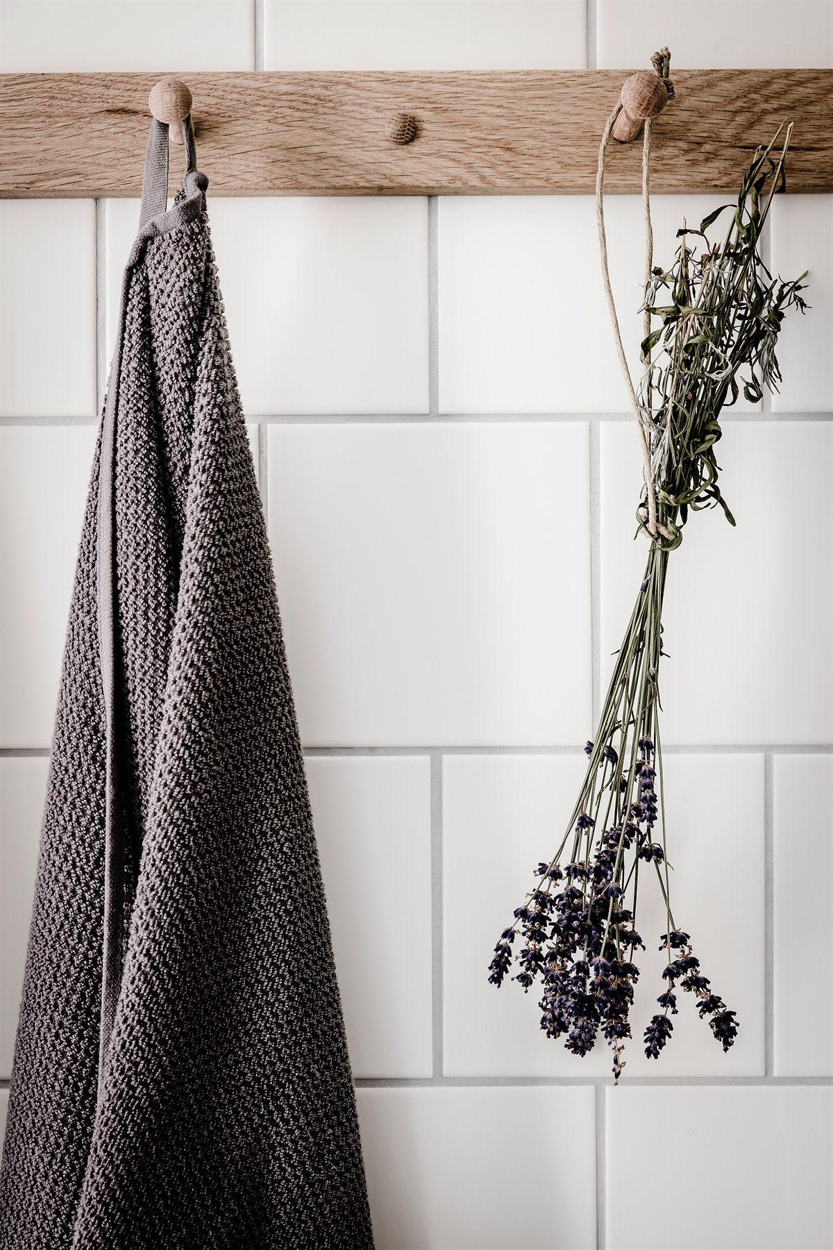 Badkamers voorbeelden » Mooie details in een eenvoudige badkamer