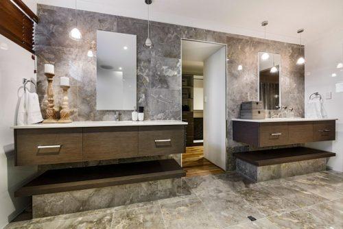 Klassieke Luxe Inloopkast : Klassiek chique badkamer met inloopkast badkamers voorbeelden