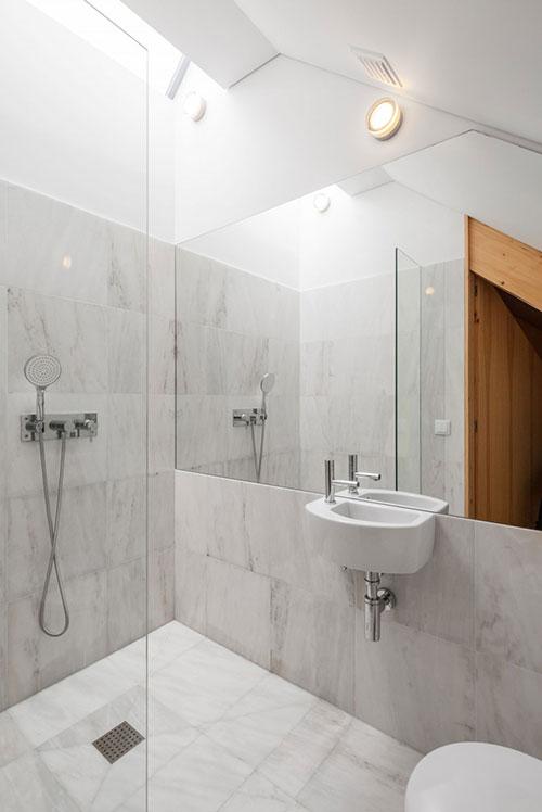 Kleine badkamer van chalet in Portugal