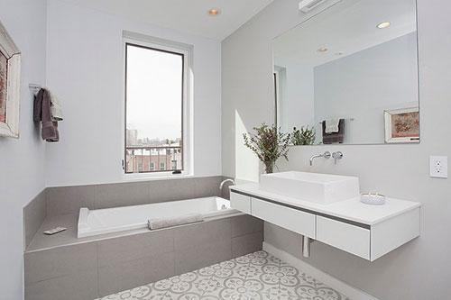 Kleine Badkamer Voorbeelden : Kleine badkamer voorbeelden awesome mooi badkamer met schuin dak