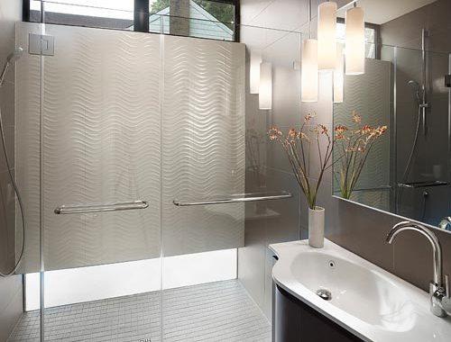 Kleine badkamer met inloopdouche