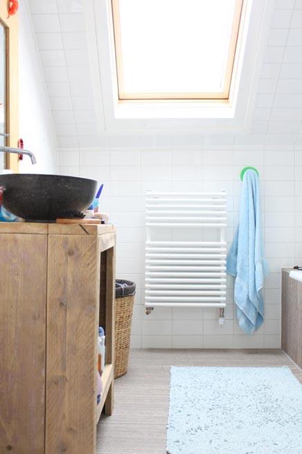 Afmeting Badkamer Zorg ~ Insert Wallpaper grote of kleine badkamer