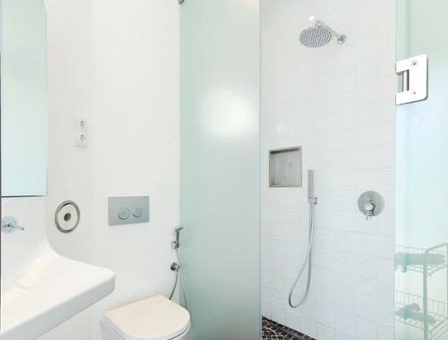 Kleine maar heel fijne badkamer