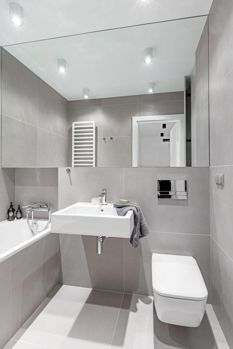 Kleine moderne badkamer van 2,5m2
