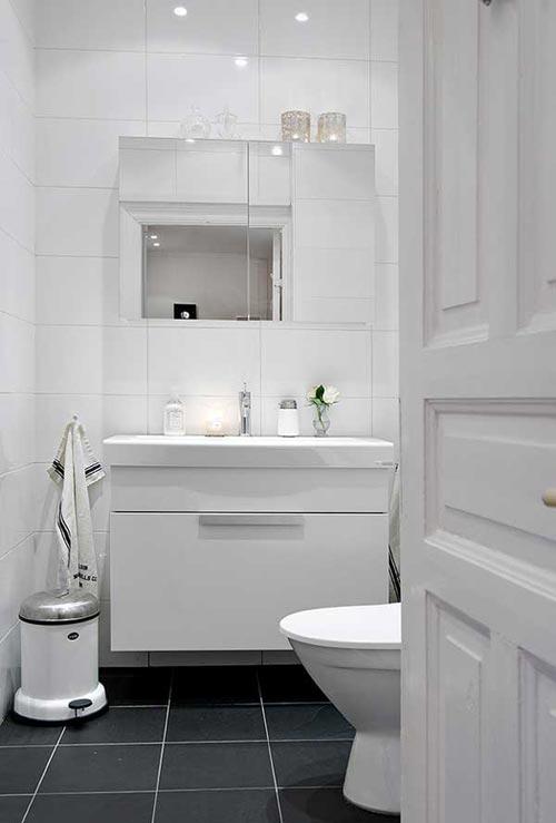 Kleine Scandinavische badkamer