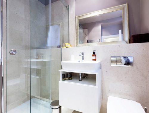 Kleine stoere badkamer door Simona Garufi