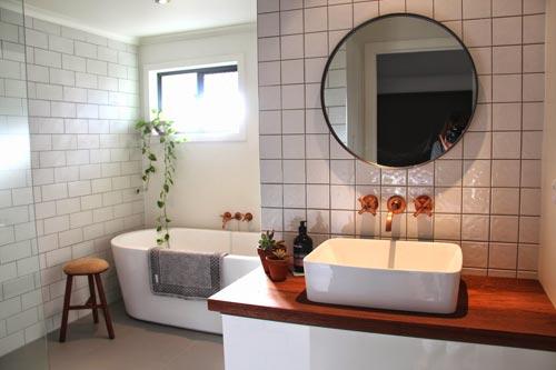 Koperen kraan badkamers voorbeelden for Badkamer kraan