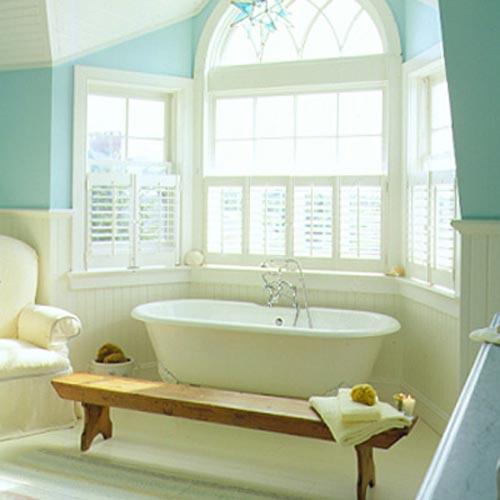 Landelijke badkamer met shutters - Badkamers voorbeelden