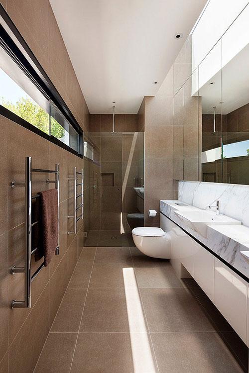 Langwerpige open badkamer uit Melbourne