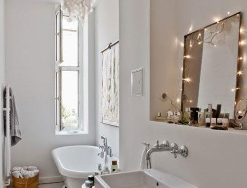 Leuk ingerichte kleine badkamer