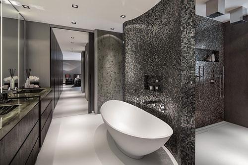 Luxe badkamer van grote villa in Rotterdam