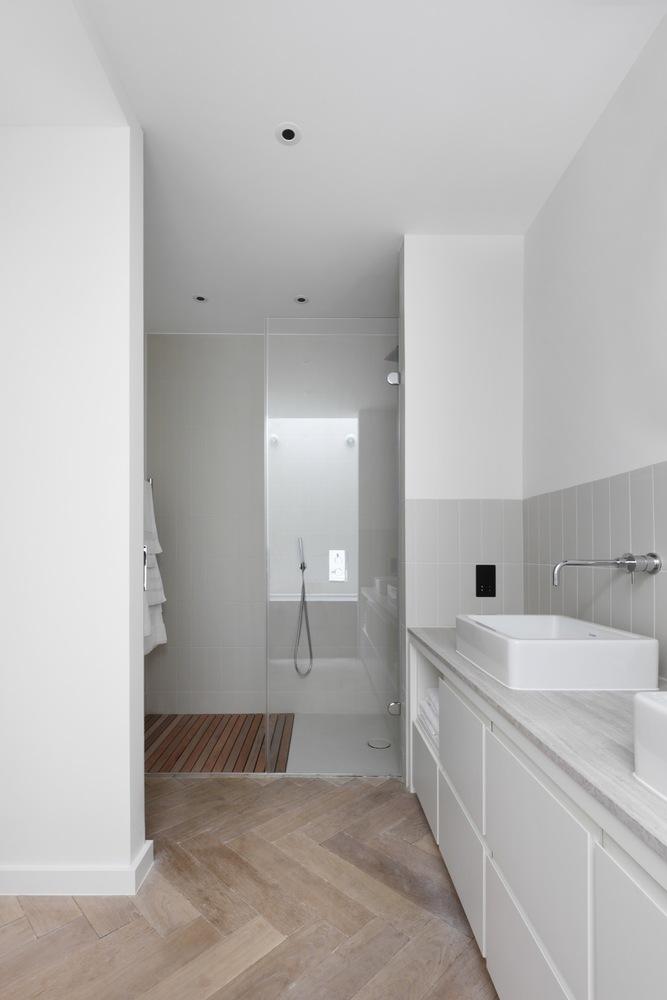 Luxe badkamer in de kelder - Badkamers voorbeelden