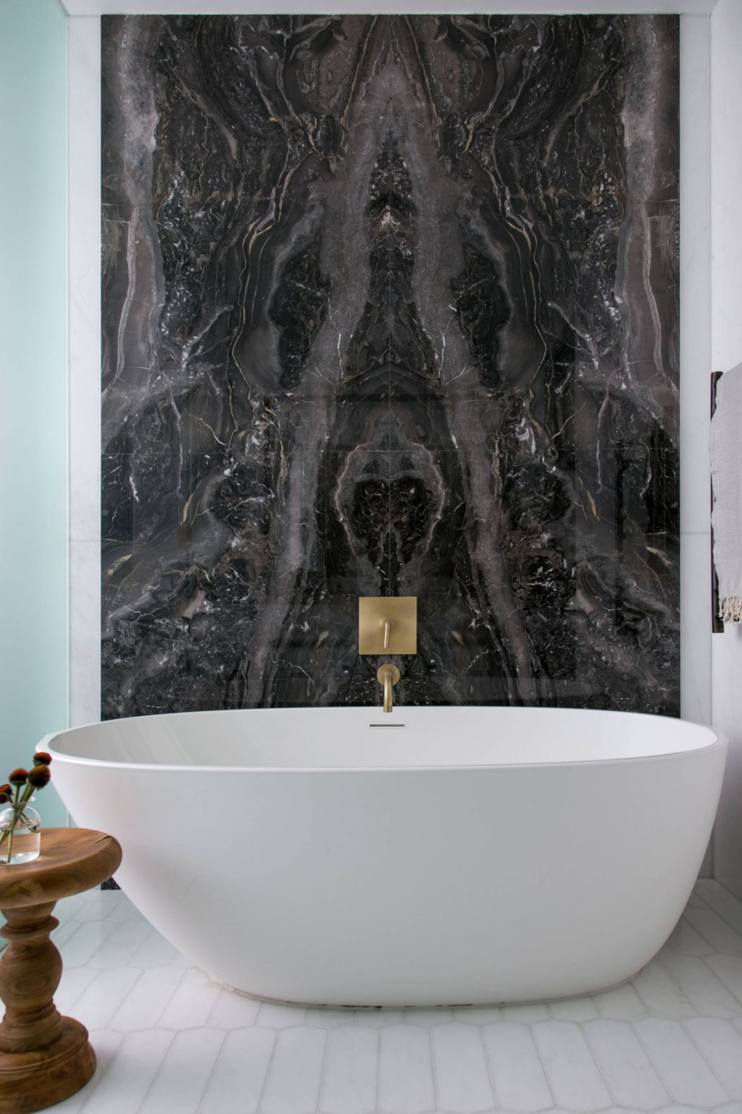 Luxe badkamer in Tribeca loft
