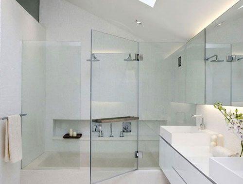 Luxe badkamer met luxe inloopdouche